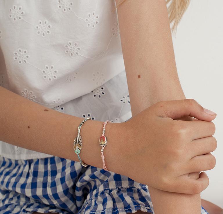 Kids string bracelets