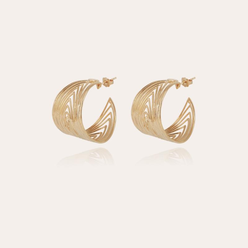 Wave hoop earrings gold