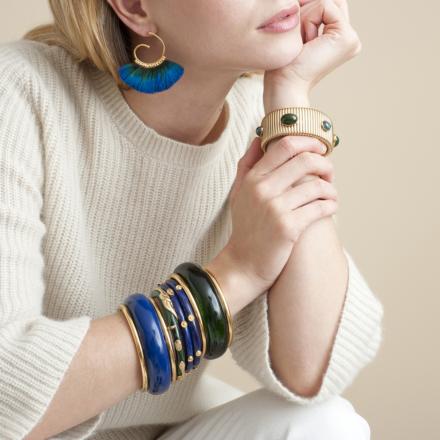 Buzios hoop earrings gold
