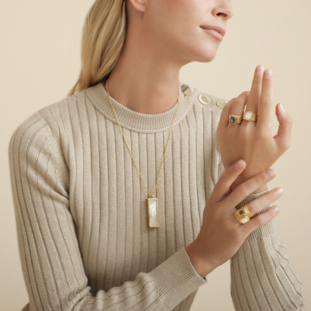 Cage mother-of-pearl long necklace gold